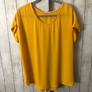 Mustard yellow short sleeve blouse size L